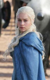 Daenerys-Targaryen-Hairstyles-1